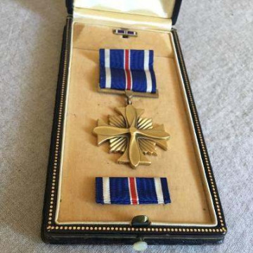 86th-FS-George-St.-Maur-Maxwell-DFC.-George-St.-Maur-Maxwell-collection-via-Soninlaw71-usmilitaryform