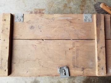 Ammunition-box.-Henry-O.-Tomlin-collecton-via-Jeanette-Tomlin-4