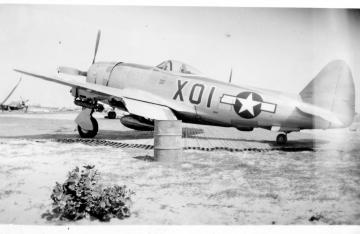 79th-FG-P-47-X01-flown-by-CO.-Montie-Whittenberg-collection-via-Ron-Whittenberg