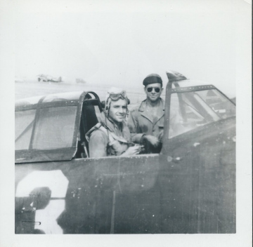 79th-FG-P-47.-Henry-O.-Tomlin-collection-via-Jeanette-Tomlin