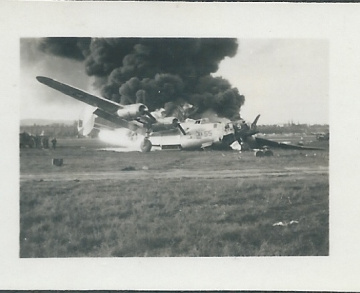 B-24-on-fire.-Henry-O.-Tomlin-collection-via-Jeanette-Tomlin