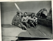 85th-FS-Charles-Hale-on-right-and-ground-personnel-on-his-P-40-X38.-Jacob-Schoellkopf-collection-via-Ian-Lyn