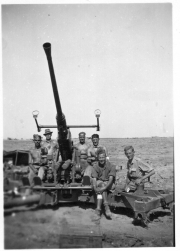 85th-FS-with-37mm-anti-aircraft-gun.-James-Connors-collection-via-John-Connors