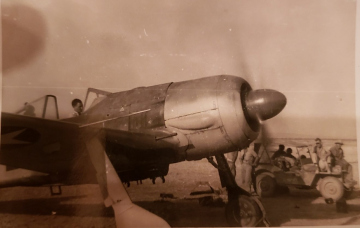 85th-FS-CO-Major-Schoellkopf-warming-up-the-FW-190.-Samuel-L.-Say-collection-via-family