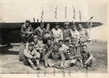 86th-FS-Crew-Chief-Staff-Sgt.-Matthew-Killewald-lower-left-me-and-fellow-86th-FS-ground-personnel.-Matthew-Killewald-collection-via-Brian-Killewald